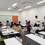 聞く力、伝える力を養おう  神戸学院大  本社社員が授業
