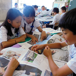 明石・中崎小 本紙アドバイザーが指導 新聞づくりのこつ学ぶ