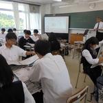 インタビューの仕方学ぶ 本紙社員が授業 神戸鈴蘭台高