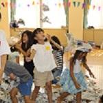 新聞紙を使って遊ぼう、学ぼう 神戸で0歳児~小3向けNIEイベント