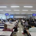 新聞の読み方学ぶ 姫路独協大 本紙アドバイザーが授業