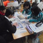 新聞の読み方、役割学ぶ 本紙社員が授業 洲本・鮎原小