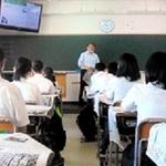 新聞の表現法知ろう 本紙社員 神戸・伊川谷高で授業